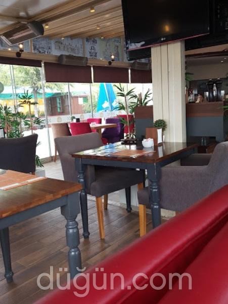 Avşar Cafe