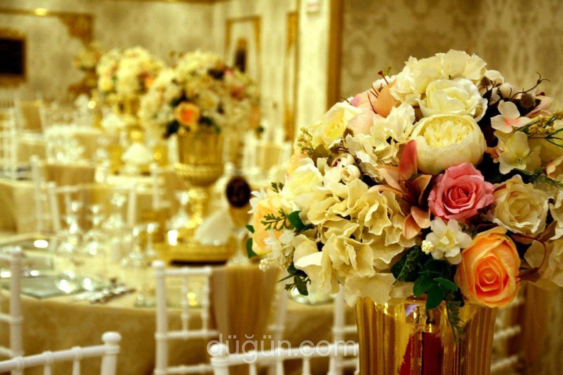 Kavacık Beyaz Saray Gold Davet Salonu