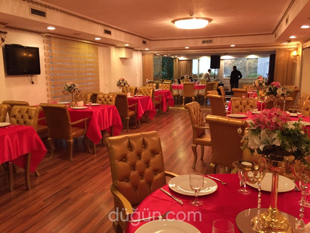 Golden Boutique Hotel
