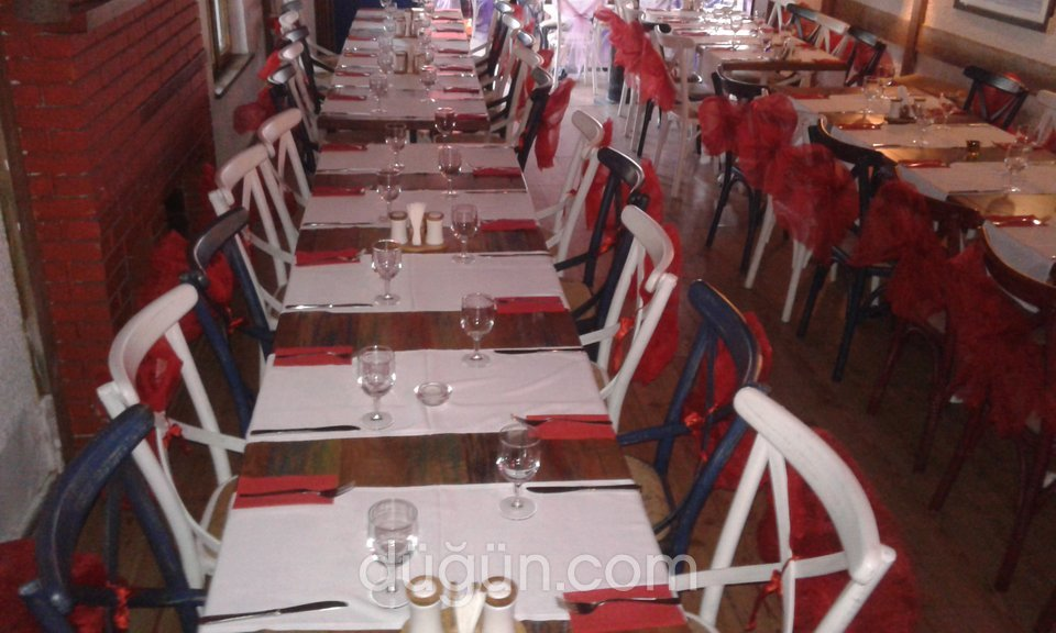 Mor Salkım Restaurant