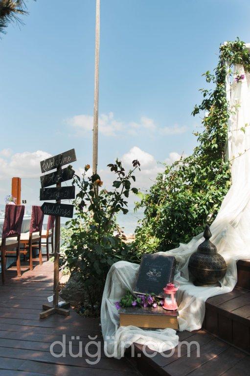 Pyrgos Restaurant