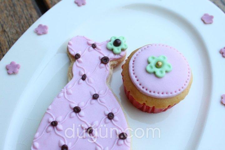 Mia Cupcake & More