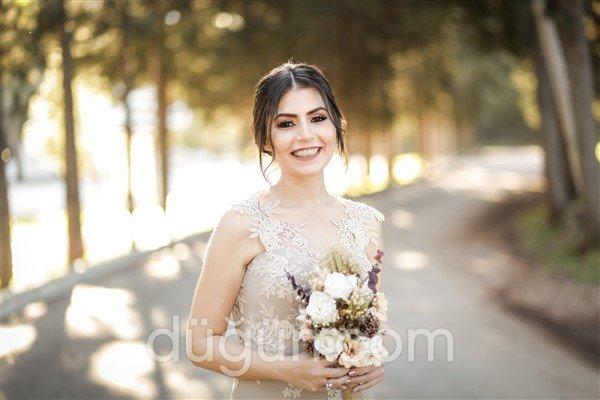 Saliha Akyel Fotoğraf Stüdyosu