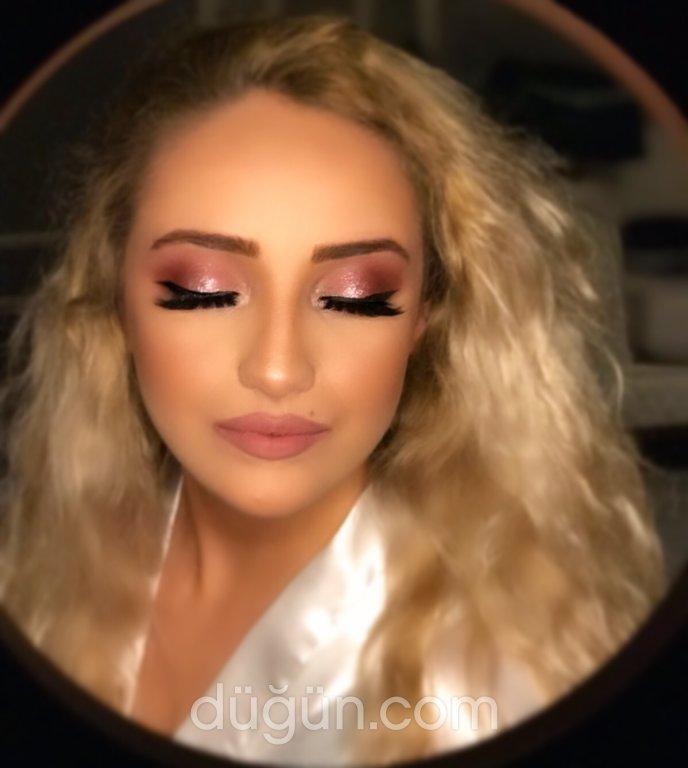 Make-up Byjeylo