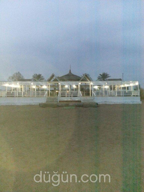 Mimoza Beach Club