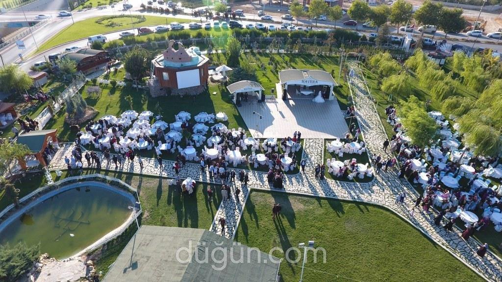Mavera Kır Düğün Bahçesi