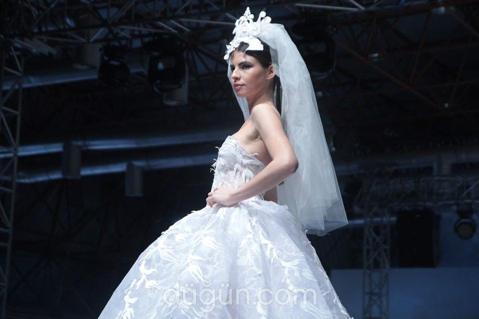 Zeynep Acar Modaevi
