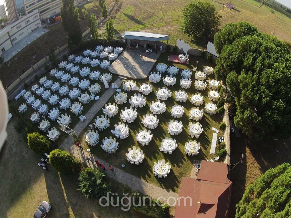Menekşe Kır Düğün Bahçesi