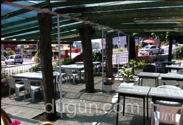 Tarihi İzzet Baba Restaurant