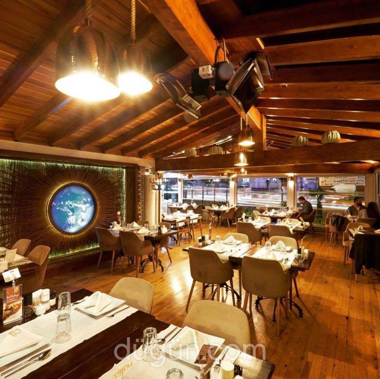 Nalia Restaurant