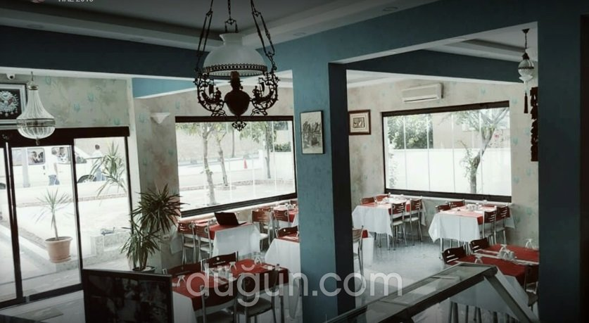 Nam Nam Cafe & Restaurant
