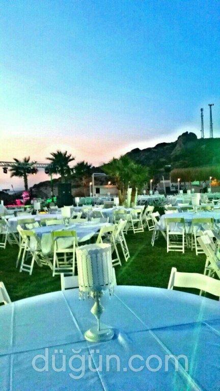 Bueno Beach Club