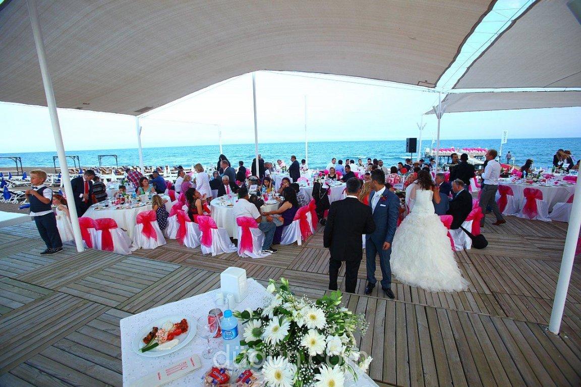 Mai Tai Beach