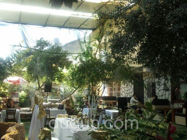Gizli Bahçe Cafe