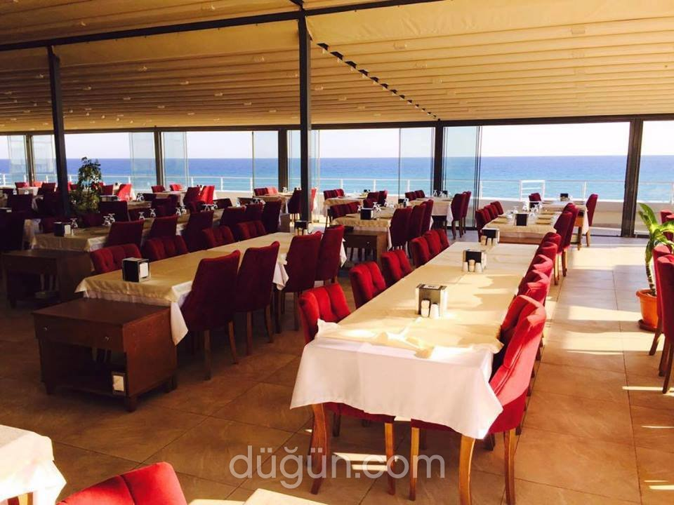 Mediteras Restaurant