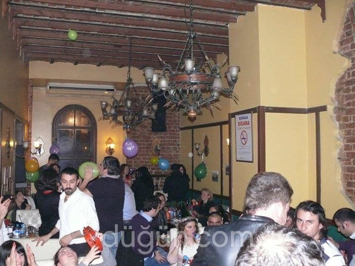 Barcelona Cafe & Patisserie