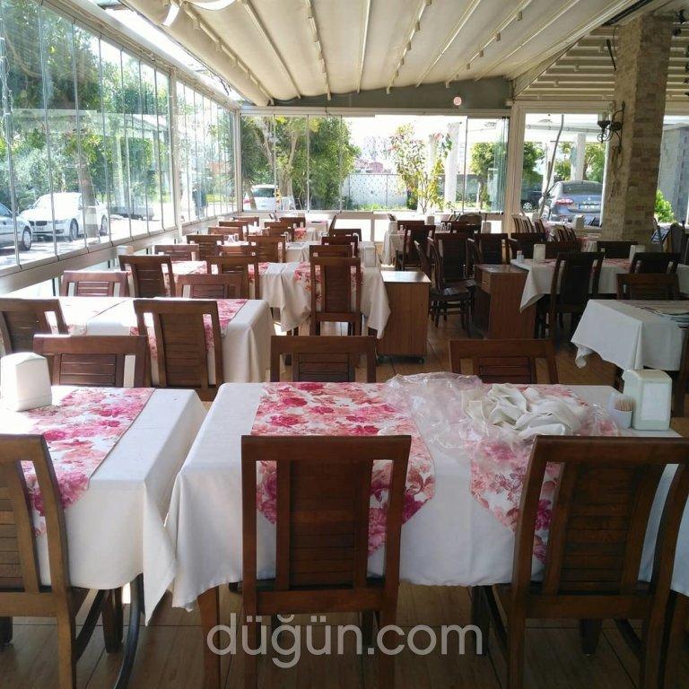 Salash Restaurant