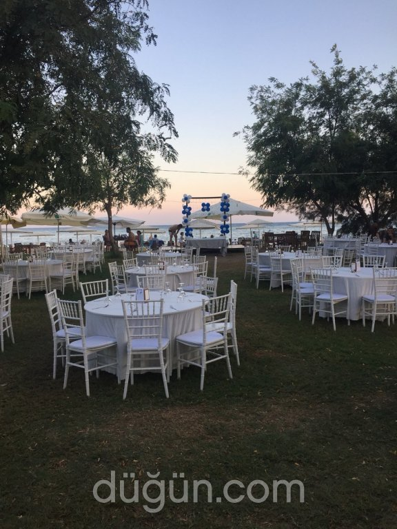 Efsane & Yalı Beach Club