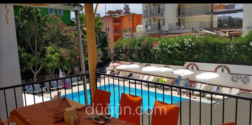 Dynasty Hotel Side