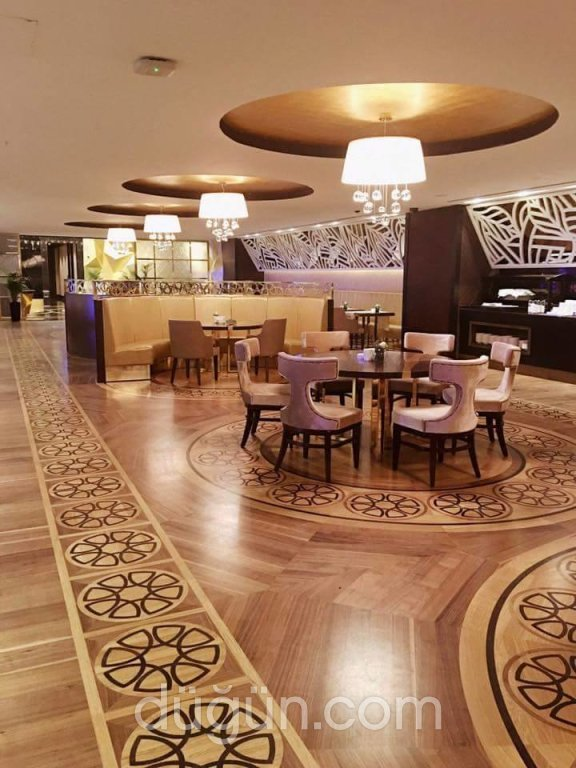 Elexus Hotel