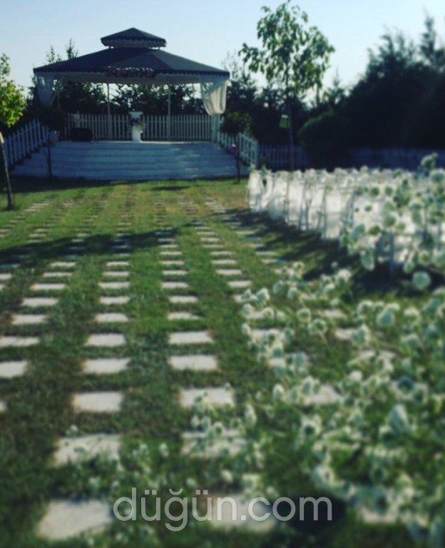 Ata Garden