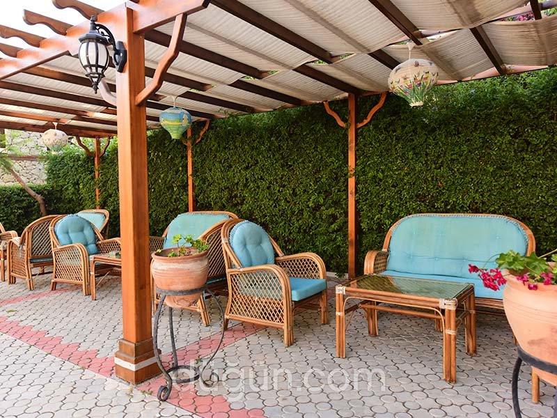 Perdikia Hill Family Resort & Villas