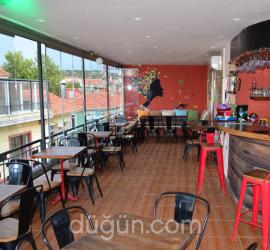 Zuzu Cafe Bar