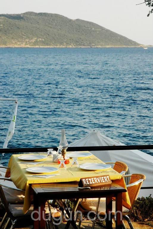 Leymona Beach&Restaurant
