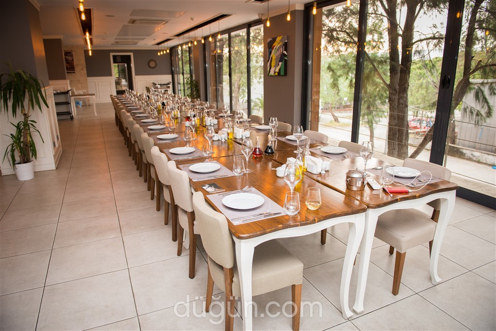 Güveç Çatı Restaurant