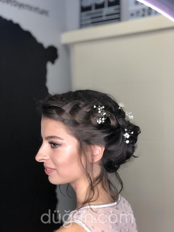 Hair Love by Emre Tunç