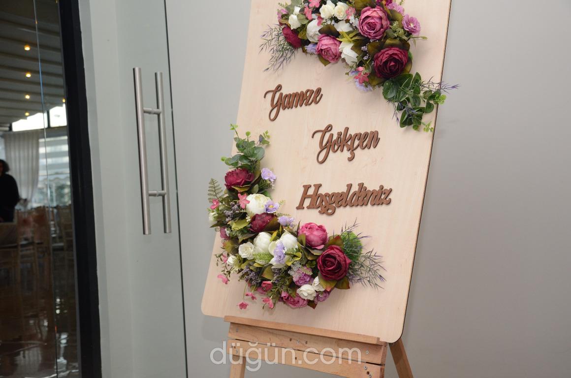 Cachè Wedding