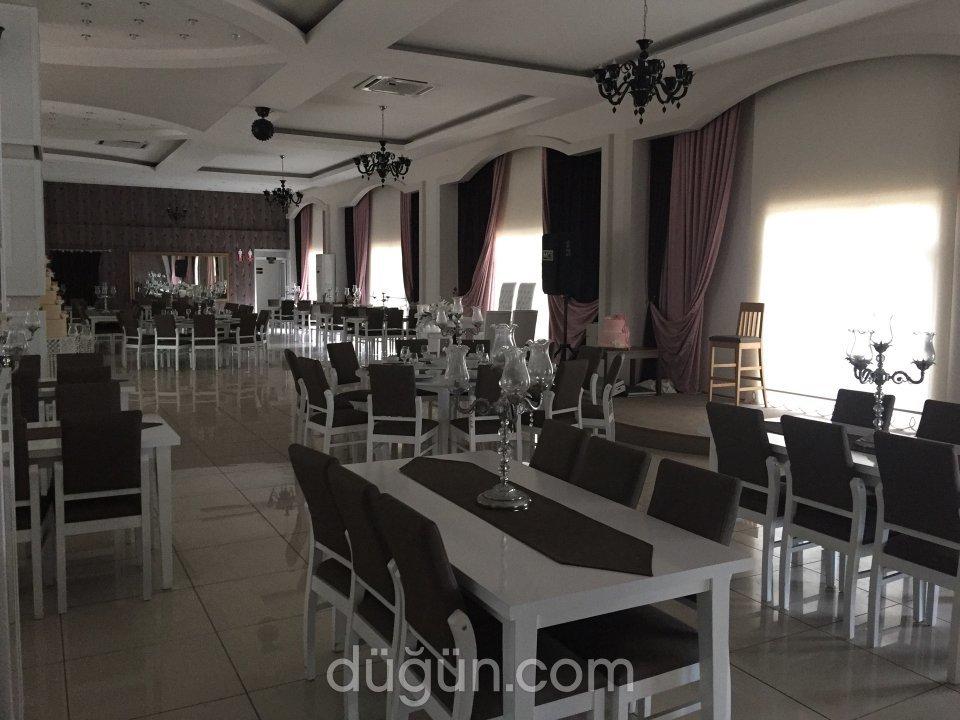 Four Lion Düğün Salonu
