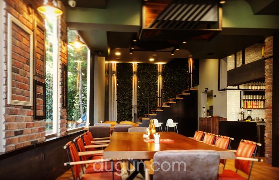Shefika Lounge