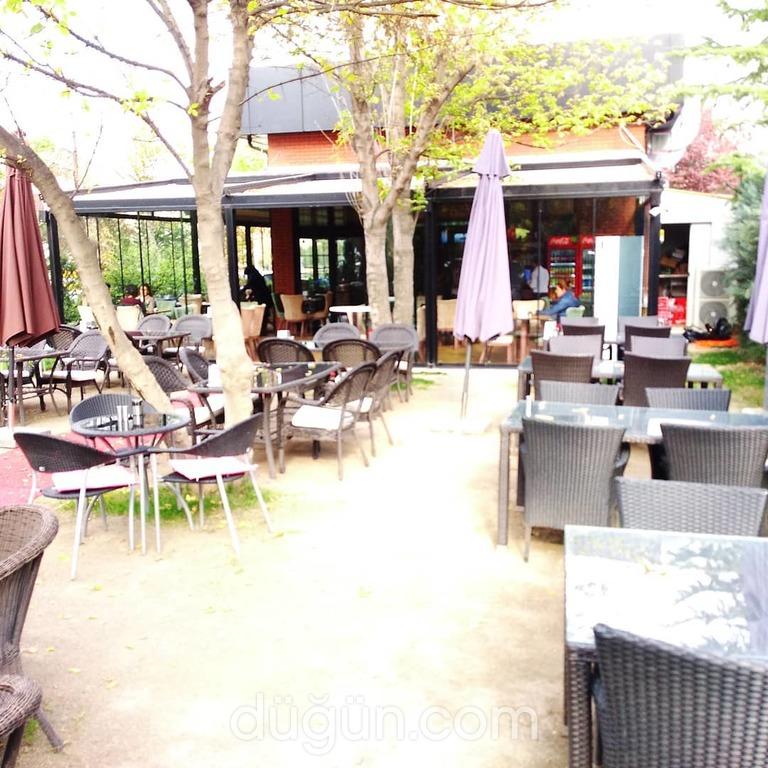 Yeşil ve Zeytin Cafe