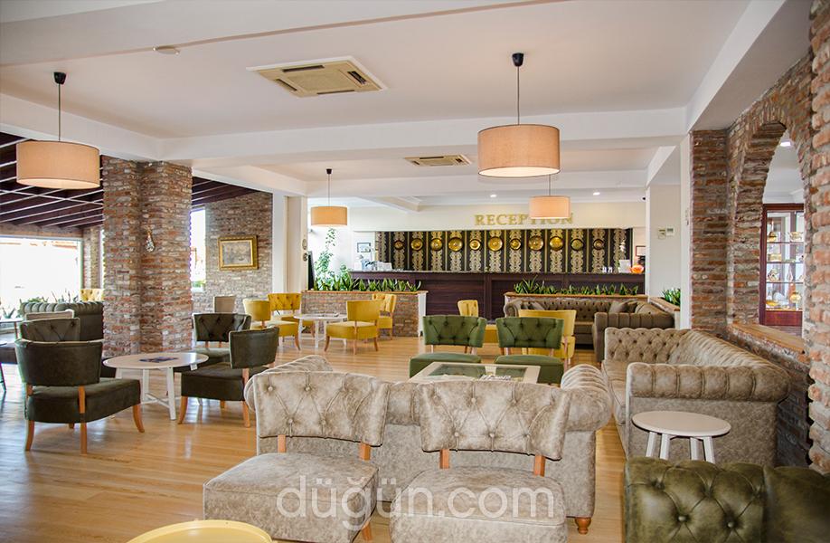 Elbis Hotel