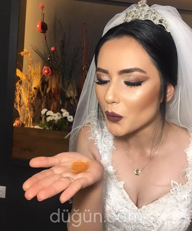 Make Up Artist Fatma Yaramış