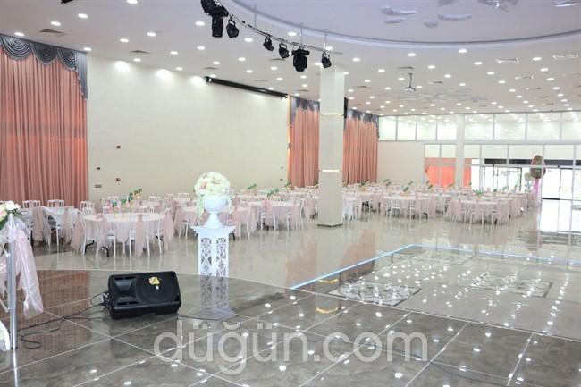 Çiftlikköy Belediyesi Düğün Salonu