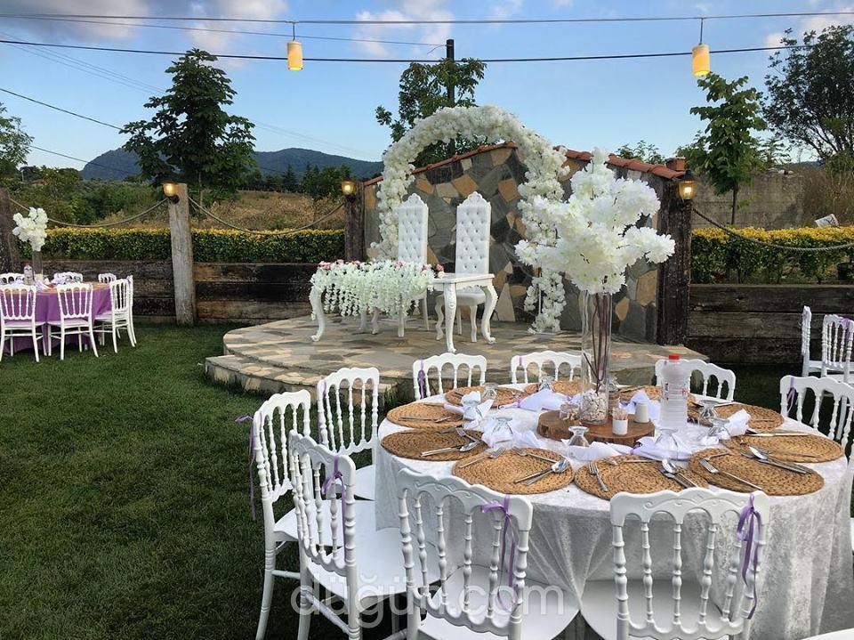 Uzunlar Çiftliği Kır Düğün Bahçesi