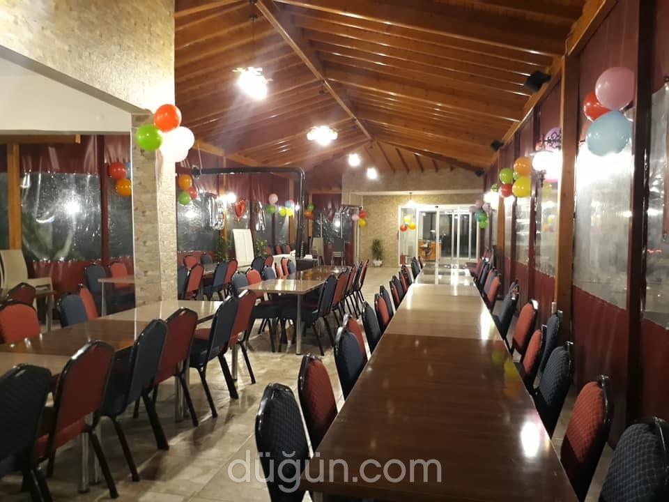 Söğüt Restaurant ve Kır Bahçesi
