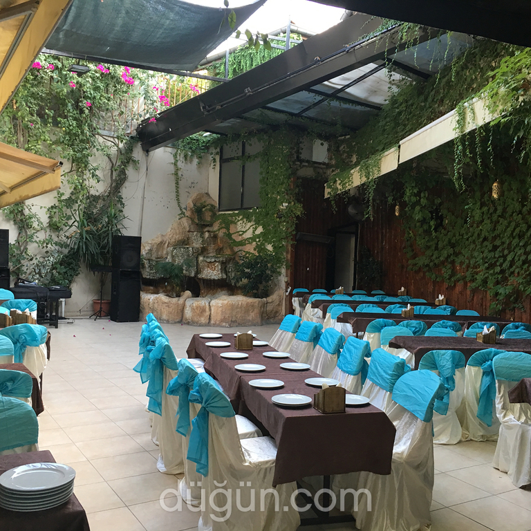 Sahra Cafe & Restaurant