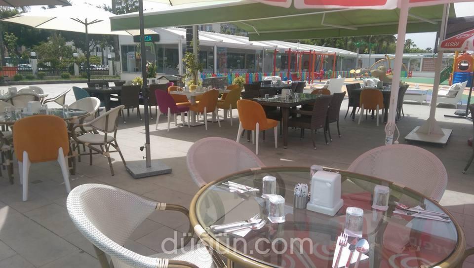 Sinem Down Cafe