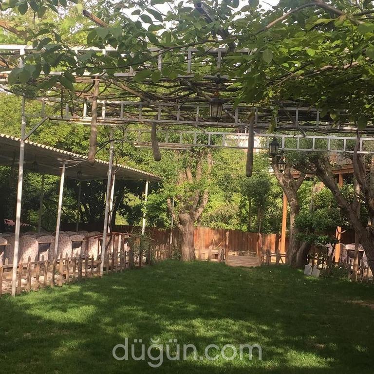 Pınaraltı Kır Bahçesi