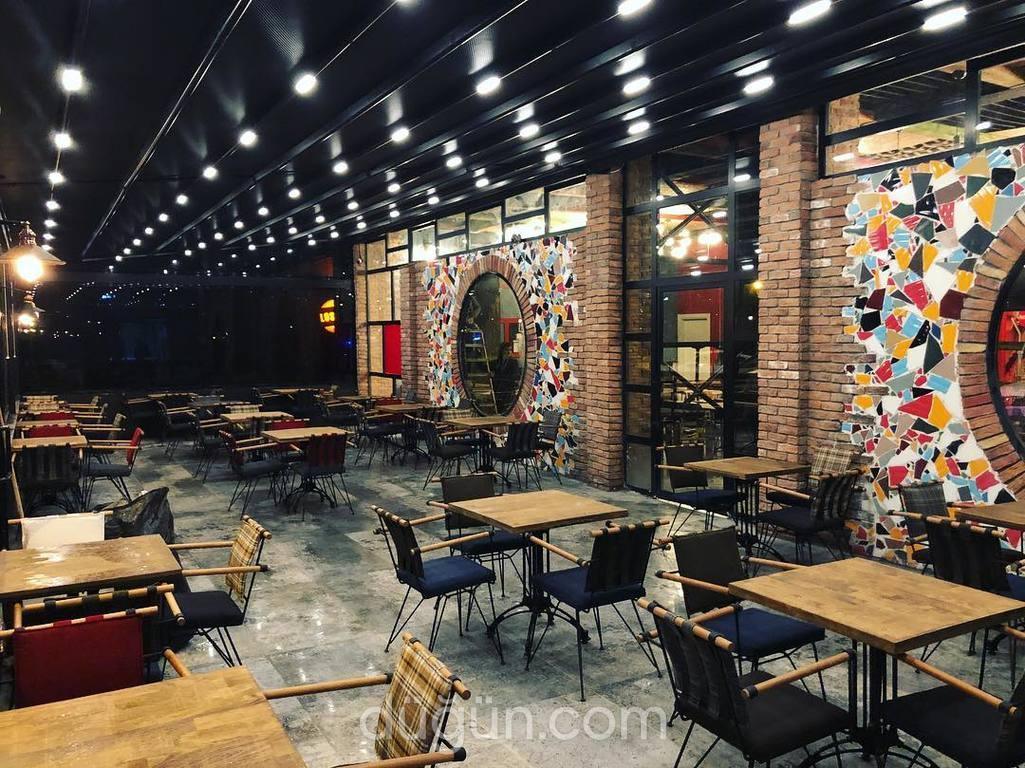 Latte Fotoğraf Cafe