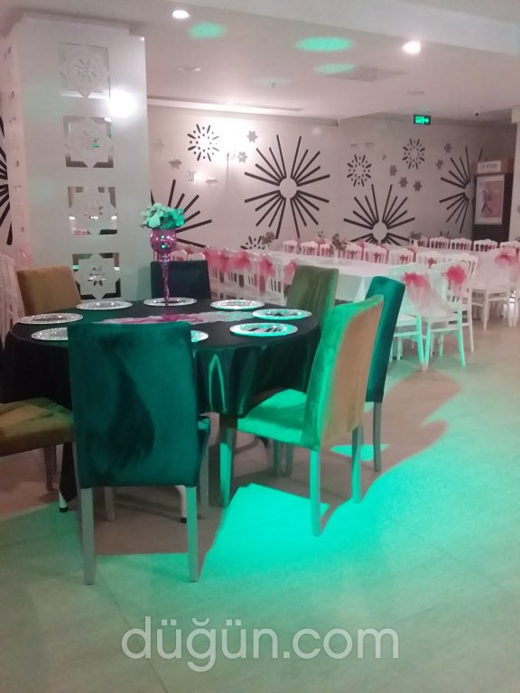 Salon Ferro Otel
