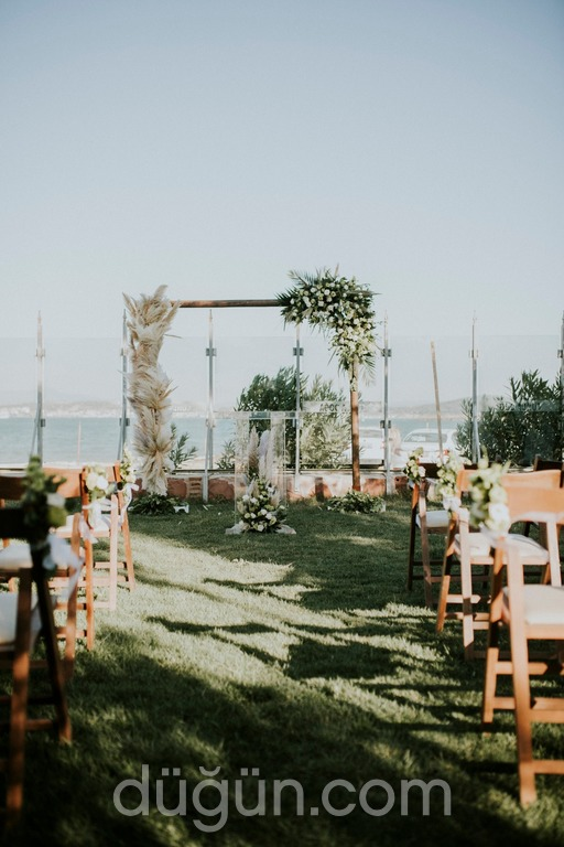 Cunda Doğa Hotel Kır Düğünü