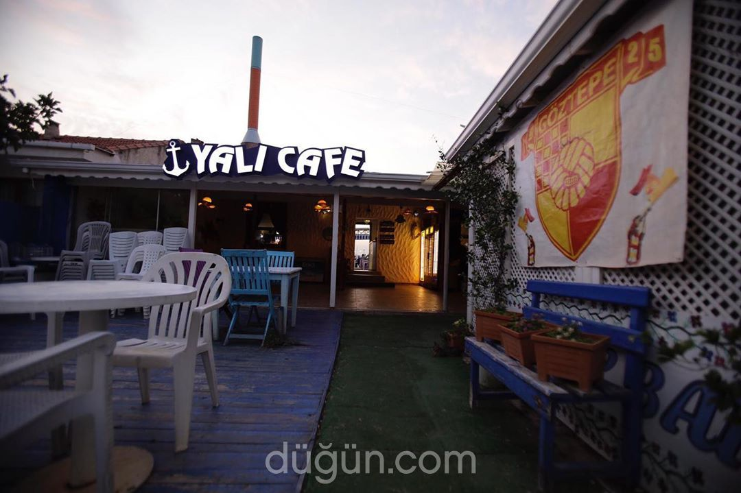Yalı Cafe & Bar