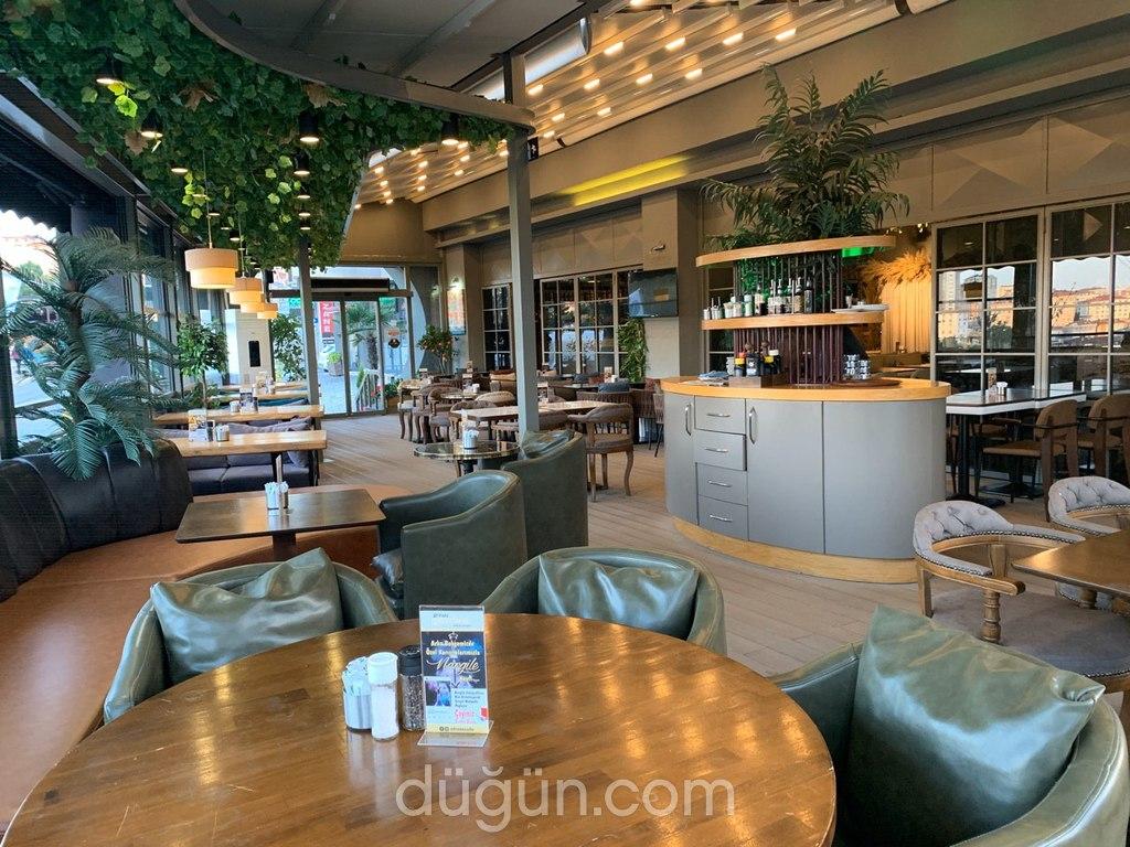 Afraze Cafe Restaurant