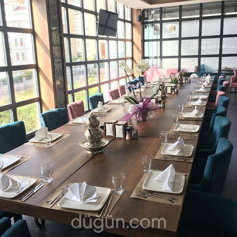 Nostalji Cafe & Restaurant
