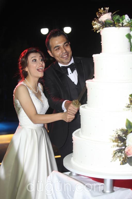Evleniyoroom