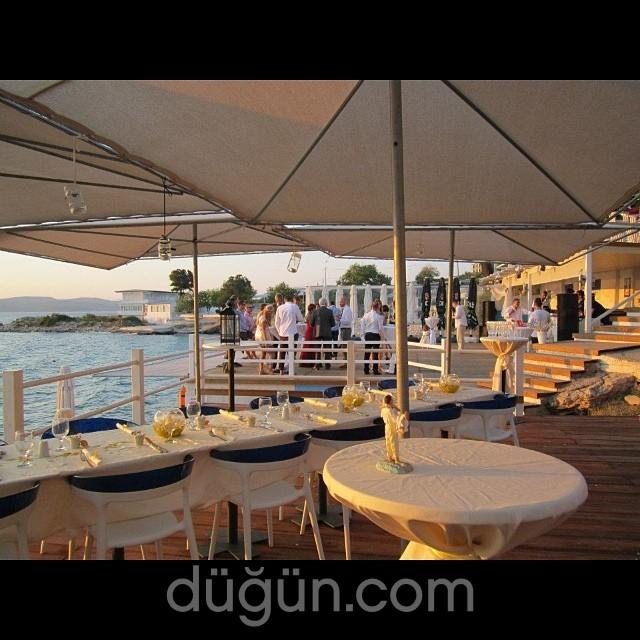 Mukka Beach Club